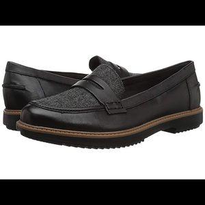 Women's Clarks Raisie Eletta Leather Loafer 9.5